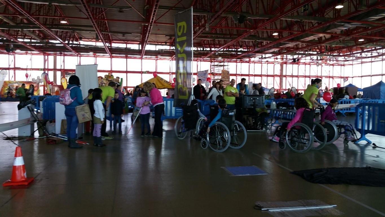FUNDTRAFIC y Bankia imparten educación vial y conciencian sobre movilidad reducida con motivo del 'Día Universal de la Infancia'