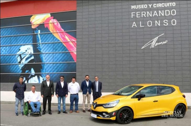 Foto presentación - Renault Passion Experience Asturias- Fundtrafic -Circuito Fernanddo Alonso